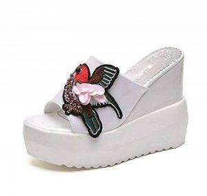 DANDANJIE Mesdames Printemps Chaussures PU Confort Oiseaux Modèle Pantoufles et Tongs Femmes Talon Compensé à Bout Ouvert Pour Casual (Noir Blanc) de la marque DANDANJIE image 0 produit