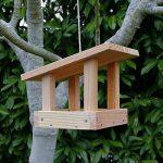 Mangeoire plateau le refuge, mangeoires pour oiseaux en bois massif, fabrication artisanale de la marque Nichoirs-Mangeoires image 3 produit