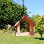 Mangeoire pour oiseaux grand buffet en bois massif, fabrication artisanale de la marque Nichoirs-Mangeoires image 2 produit