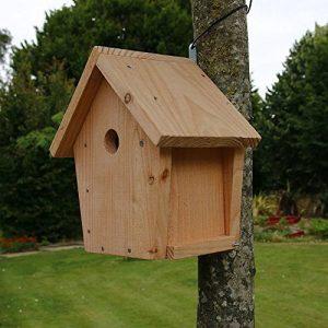 Nichoir maisonnette pour oiseaux mésanges Ø32mm en bois, fabrication artisanale de la marque Nichoirs-Mangeoires image 0 produit