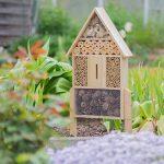 Relaxdays Hôtel à insectes nature L abri refuge maison abeille papillon coccinelle HxlxP: 60,5 x 37 x 9 cm, nature de la marque Relaxdays image 1 produit