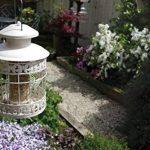 ROSEWOOD Lanterne Classique à Papillons Mangeoire à Graines pour Oiseaux de la marque ROSEWOOD image 1 produit